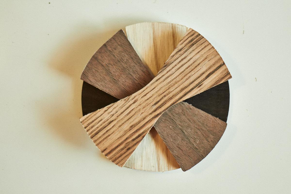 personaliza tu pajarita de madera